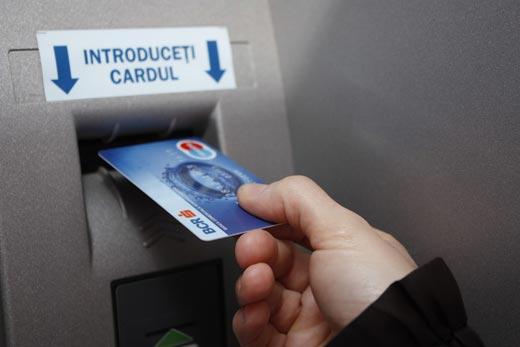 Криминальные новости. Мошенники завладели данными с банковских карт россиян (видео)