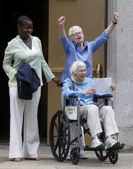 Пожилые американки сыграли однополую свадьбу в Нью-Йорке (1)