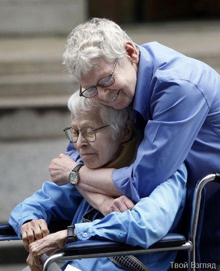 Пожилые американки сыграли однополую свадьбу в Нью-Йорке (3)