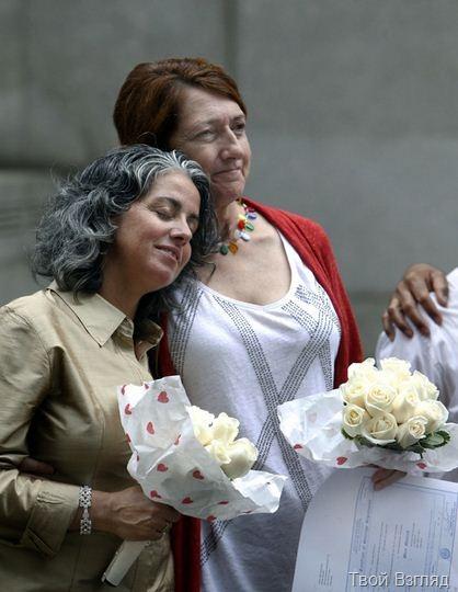 Пожилые американки сыграли однополую свадьбу в Нью-Йорке (6)