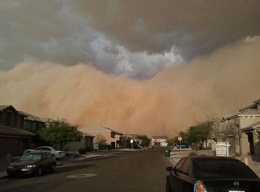 Пылевая буря в Фениксе, Аризона (видео)