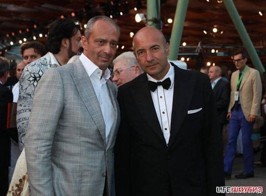Недавний именинник Игорь Крутой вместе с иностранными гостями фестиваля
