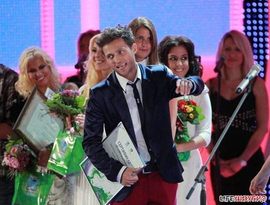 Конкурсантов наградили именными сертификатами