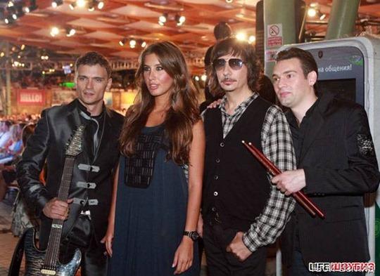 """Группа """"А-Студио"""" и несравненная Кэти Топурия выступили на последнем концерте юбилейного фестиваля"""