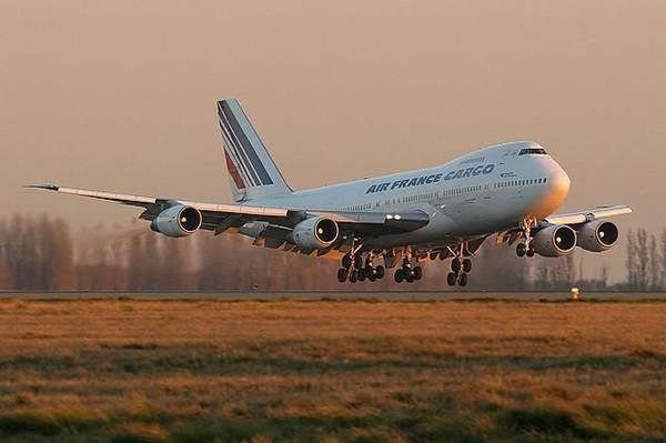 В Пакистане разбился пассажирский самолет boeing 747