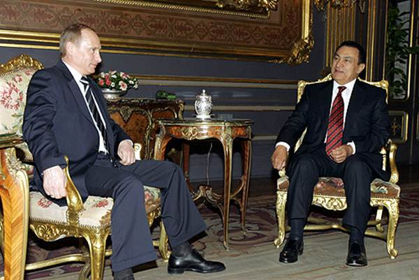 Хосни Мубарак приговорен к пожизненному