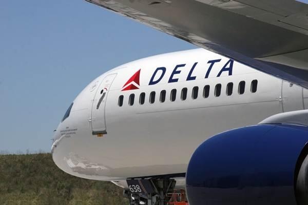 Пассажиры авиакомпании Delta Air Lines получили на обед во время полета сэндвичи с иголками