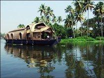 Плавучие дома в Индии