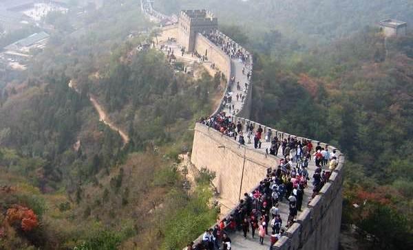 Обрушилась Великая китайская стена